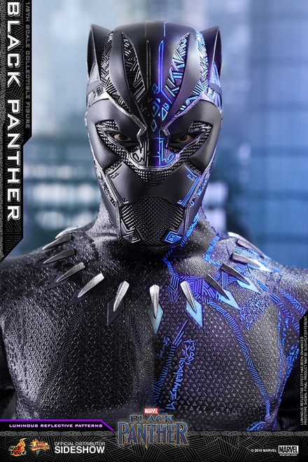 Hot Toys BLACK PANTHER King T'Challa 1:6 Scale Figure