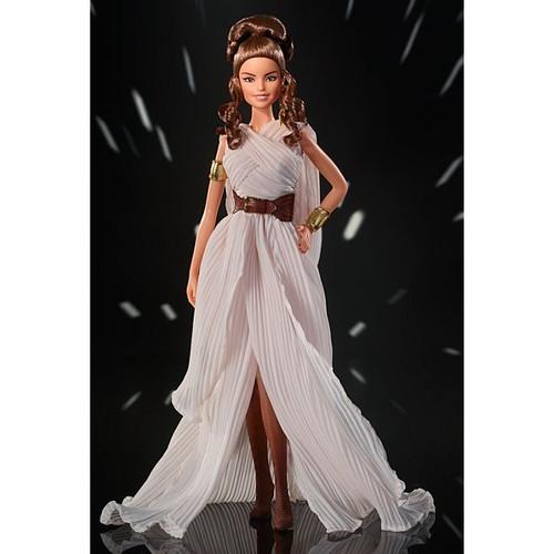 Star Wars™ Rey x Barbie® GOLD LABEL Doll_GLY28