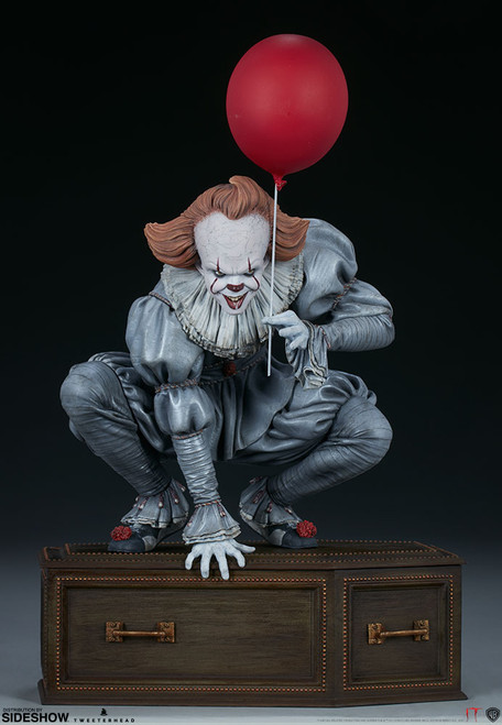 PENNYWISE (IT) 1:5 Scale Maquette by Tweeterhead