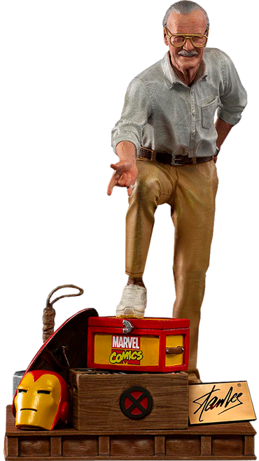 Stan Lee Deluxe 1:10 Limited Edition Art Scale Statue by Iron Studios