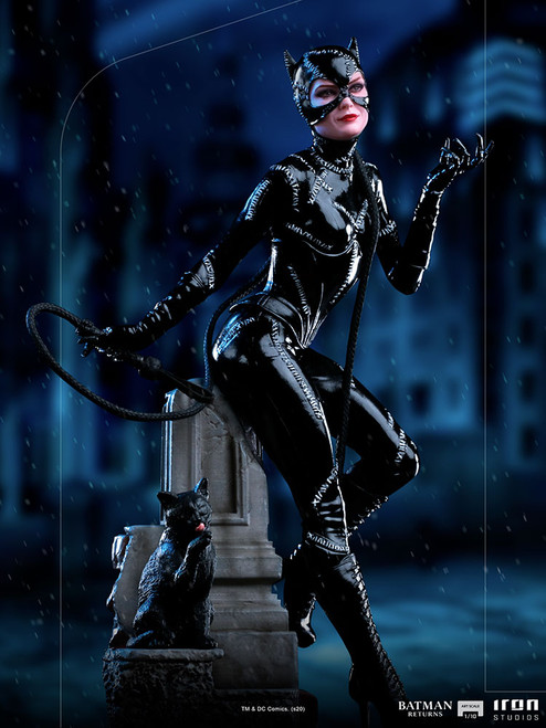 Batman Returns CATWOMAN (Michelle Pfeiffer) 1:10 Scale Statue by Iron Studios Deluxe Art Scale 1:10