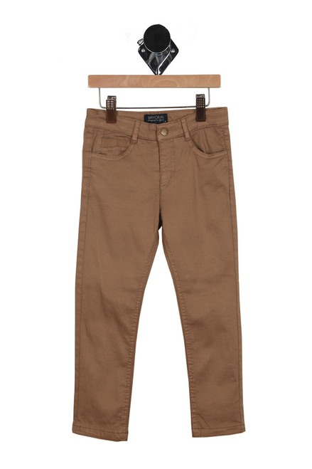 front of trousers have pockets with belt loops and snap-front closure. Slim fit in khaki color