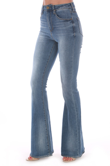 Bring back that vintage flare with these amazing Articles Of Society jeans! These feature a high rise with stretchy denim material and wide flare bottom.  True To Size. Rise: Approximately 11 in. Inseam: Approximately 31.5 inches.  73% Cotton, 23% Polyester, 3% Rayon, 1% Spandex Machine Wash Cold, Tumble Dry Low.