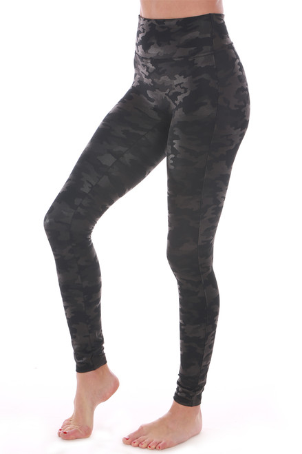 Our favorite brand Spanx! These feature the softest legging material with a control waist band to keep you feeling slim, super slim leg & a faux leather look. Fits True To Size.  Rise: Approximately 8 inches. Inseam: Approximately 26 inches.  Body - 87% Nylon, 13% Elastane, Lining - 80% Polyester, 20% Elastane.   Machine Wash Cold, Lay Flat to Dry.