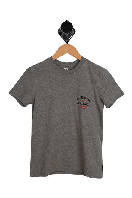 The Golden State Tee for Big Kids in grey.  Small Billabong California logo at top right.  50% Cotton, 50% Polyester.  Machine Wash Cold, Tumble Dry Low.
