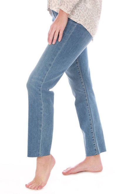The Lara Ankle Straight Jeans