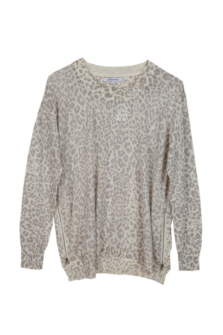 Grey Leopard Print L/S Top