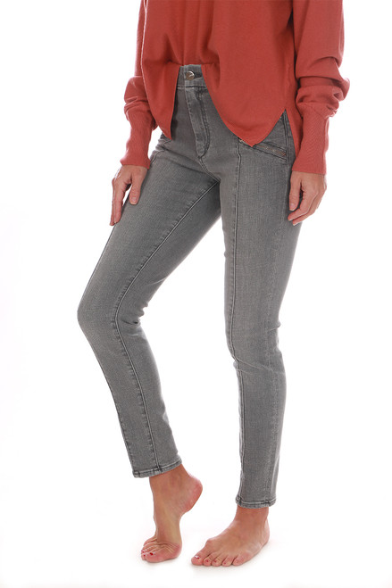 The Charlie Ankle Moto Zip Jeans