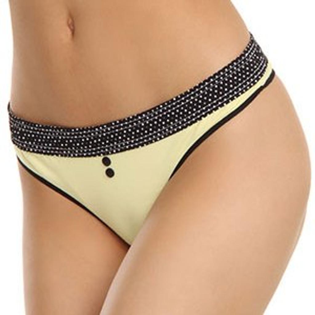 Black Dot / Yellow Thong B-String