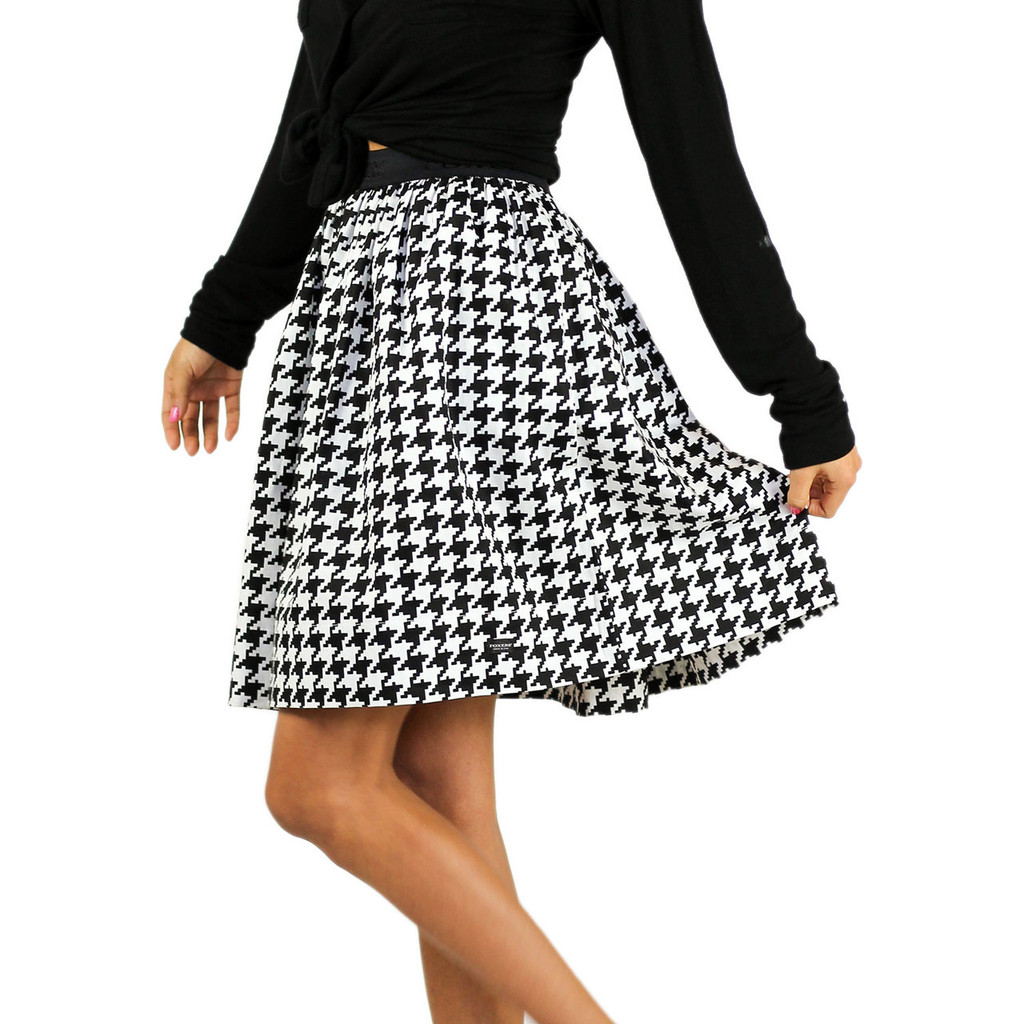 Black & White Houndstooth Skirt With Pockets