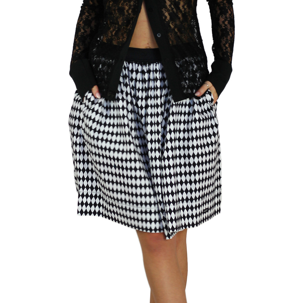 Black & White Diamond Print Skirt With Pockets