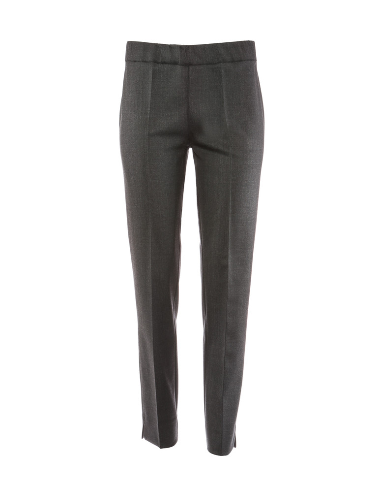 D.EXTERIOR PULL ON PANT