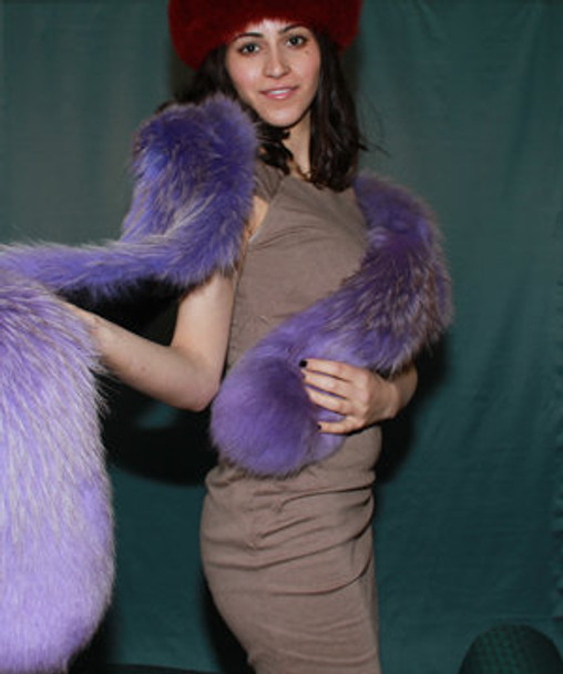 DYED FOX FUR BOA