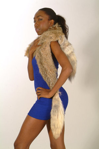Natural Coyote Fur Full Skin Design Sectional Scarf