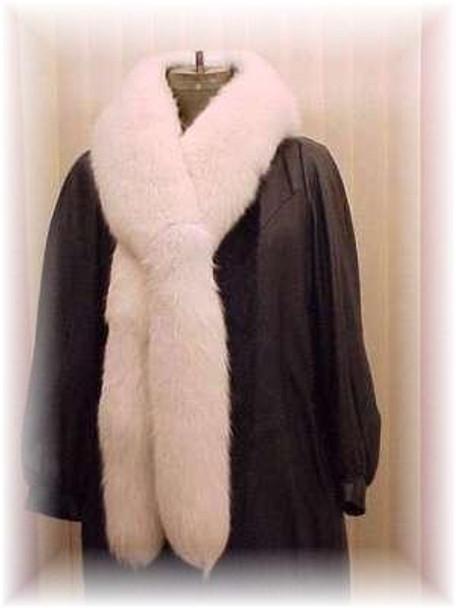Full Skin White Fox Fur Scarf 1
