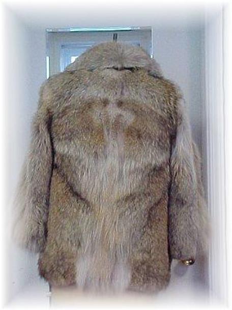 Full Skin Coyote Fur Jacket 1