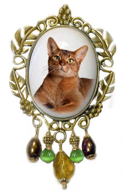 Abyssinian Cat Brooch - Victorian style