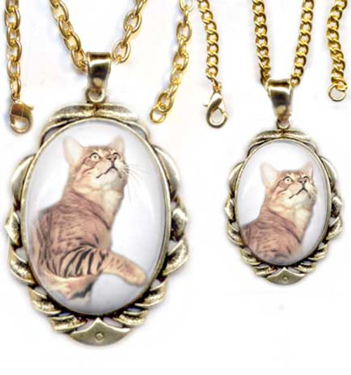 Brown Bengal Cat Scrolled Pendant - gold