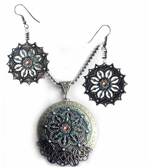 Renaissance Pendant & Earring Set Green/Silver Filigree