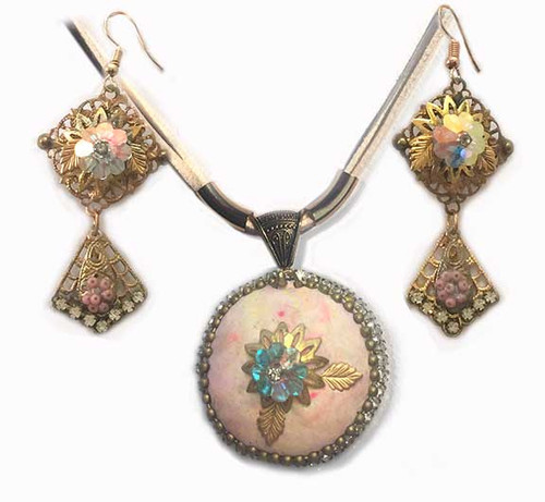 Peach Marbled cabochon with Crystal - Pendant Necklace and Earring Statement set