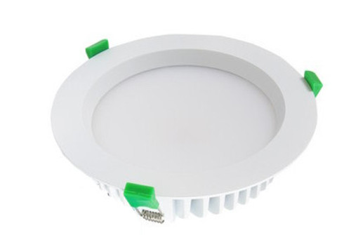 Round 20W LED downlight kit. Includes flex & Plug and dimmable driver
