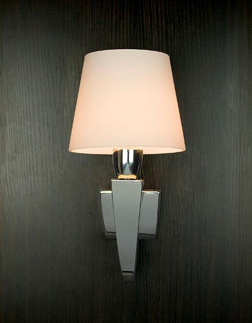 Claro IP44 Wall Lamp in a bathroom