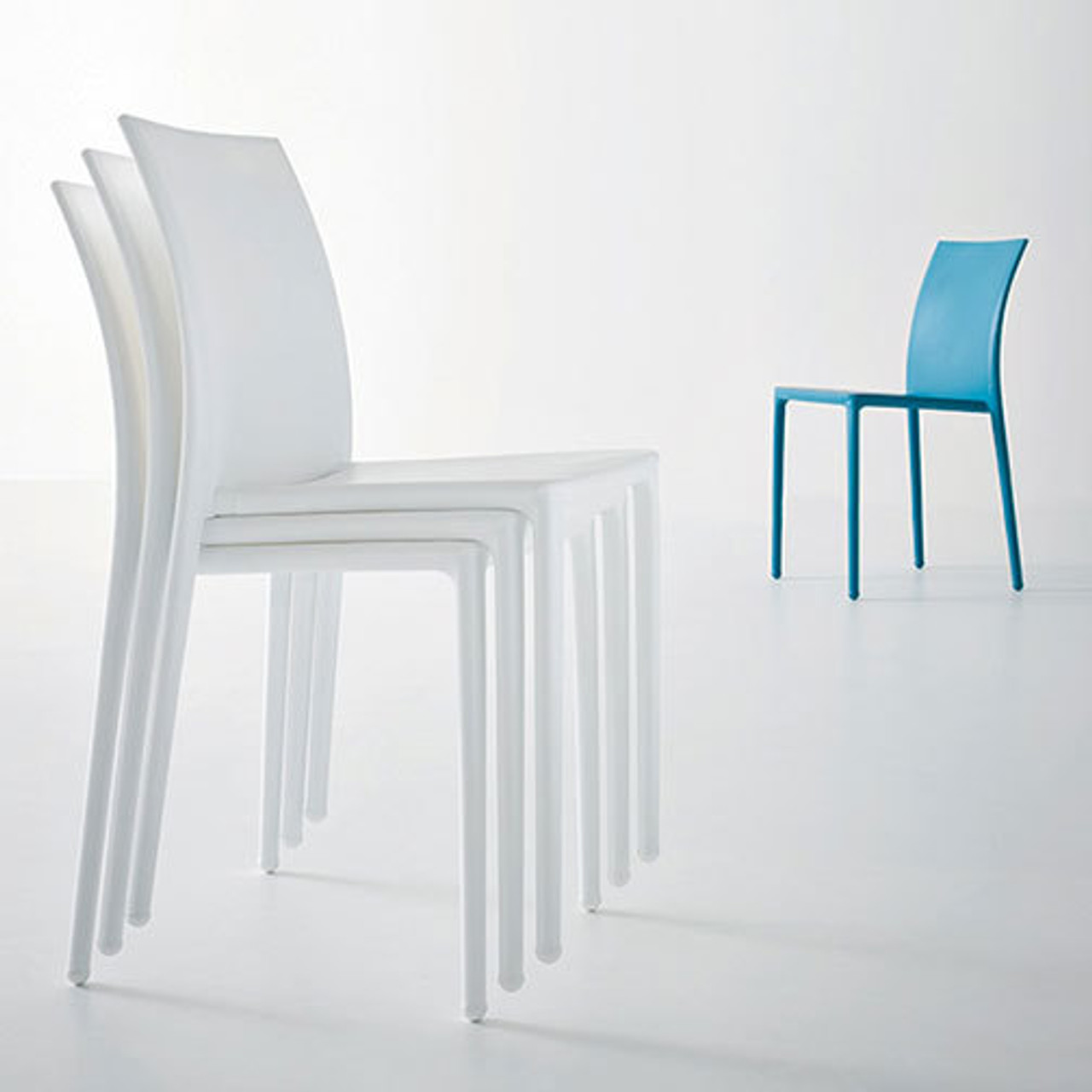 Magnuson Lucido Chairs - Outdoor