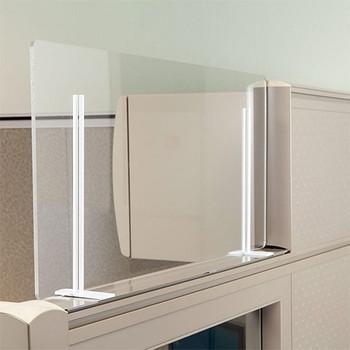 "Peter Pepper Sneeze Guard - Desktop - Portable - Acrylic - Metal Rod Base - 24"" x 24"" - TTP2424-R in Use"