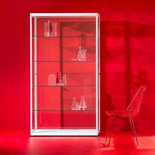 Magnuson Pictor Display Case without Locking Storage Base - Red