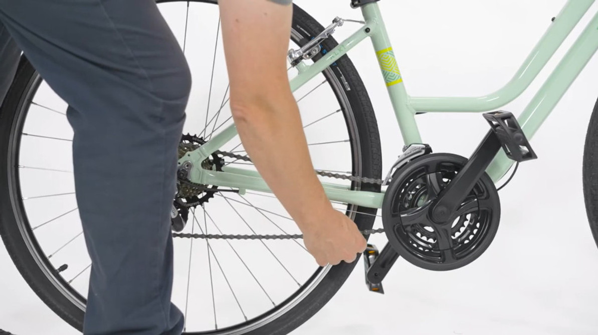 Video Tech Tips: Easy Ways To Maintain Your IZIP E-Bike At Home