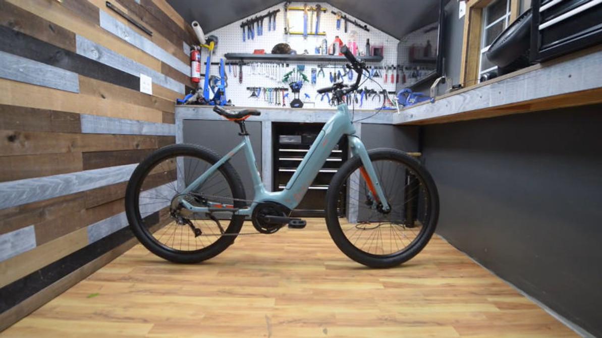 Electric Bike Builds: IZIP Vida Unboxing Tutorial