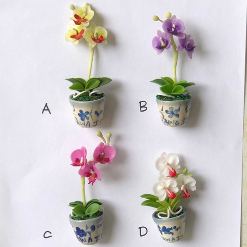 Phalaenopsis Clay Orchid Magnet (Pot)