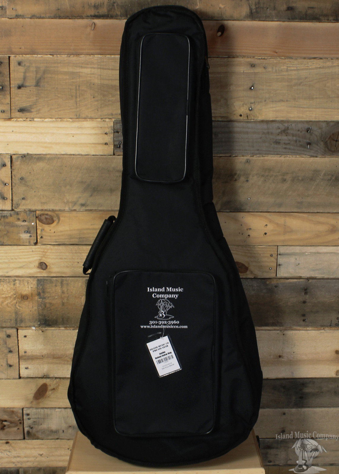 cb525184693 Island Music Pro Gig Gear - Deluxe Jumbo Guitar Bag - Island Music Co