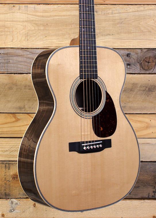 Martin OM-28 Modern Deluxe Acoustic Guitar w/ Case