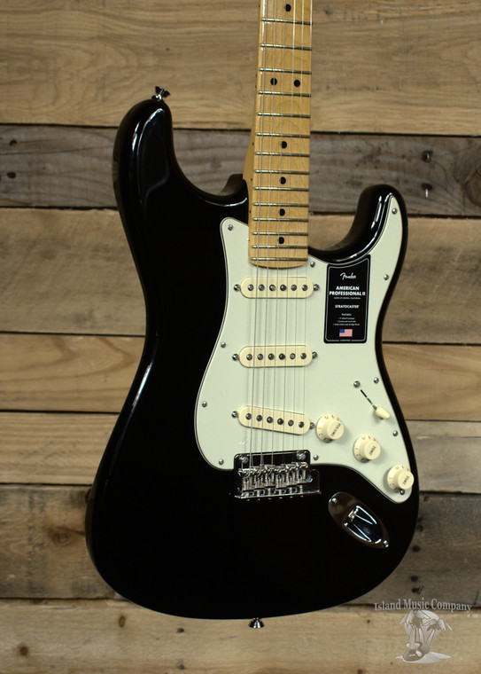 Fender American Professional II Stratocaster Electric Guitar Black w/ Case