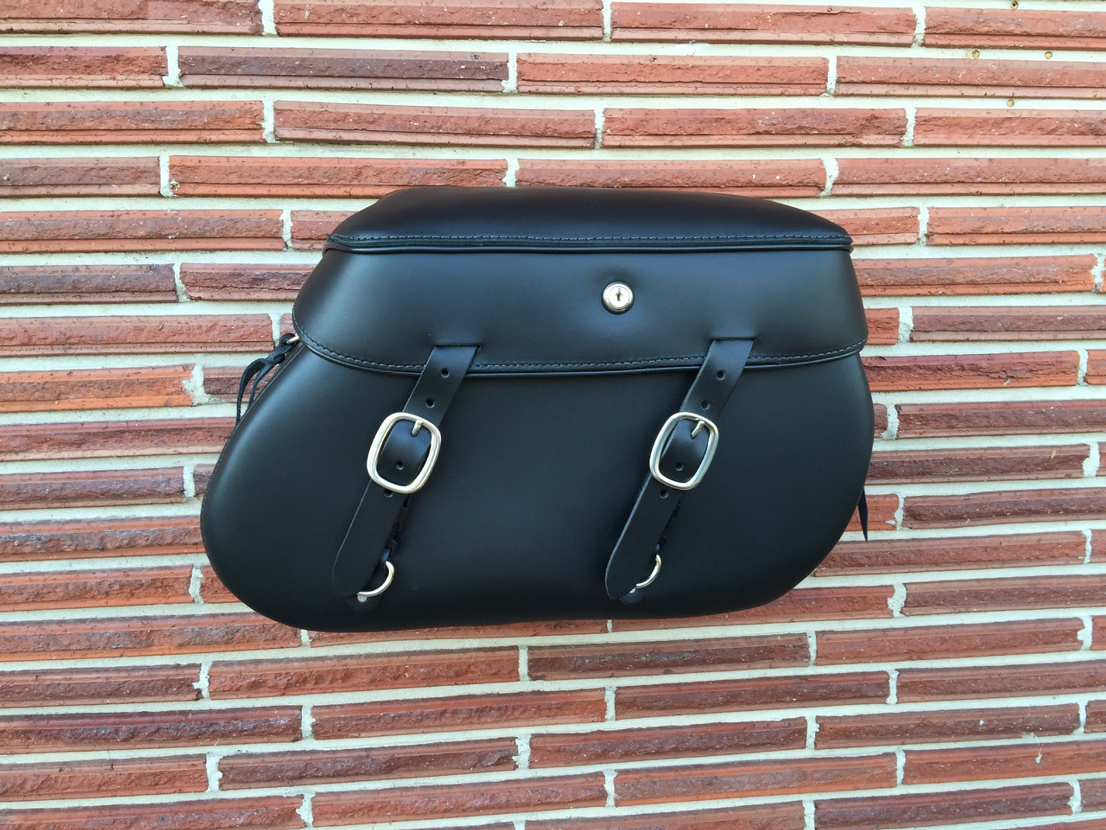 Classic Series Softail XL Saddlebags - Single