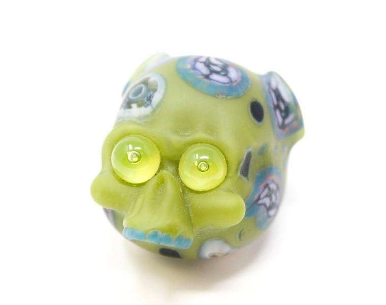 @Nbelmglass x Ferri Glass Skull Pendy