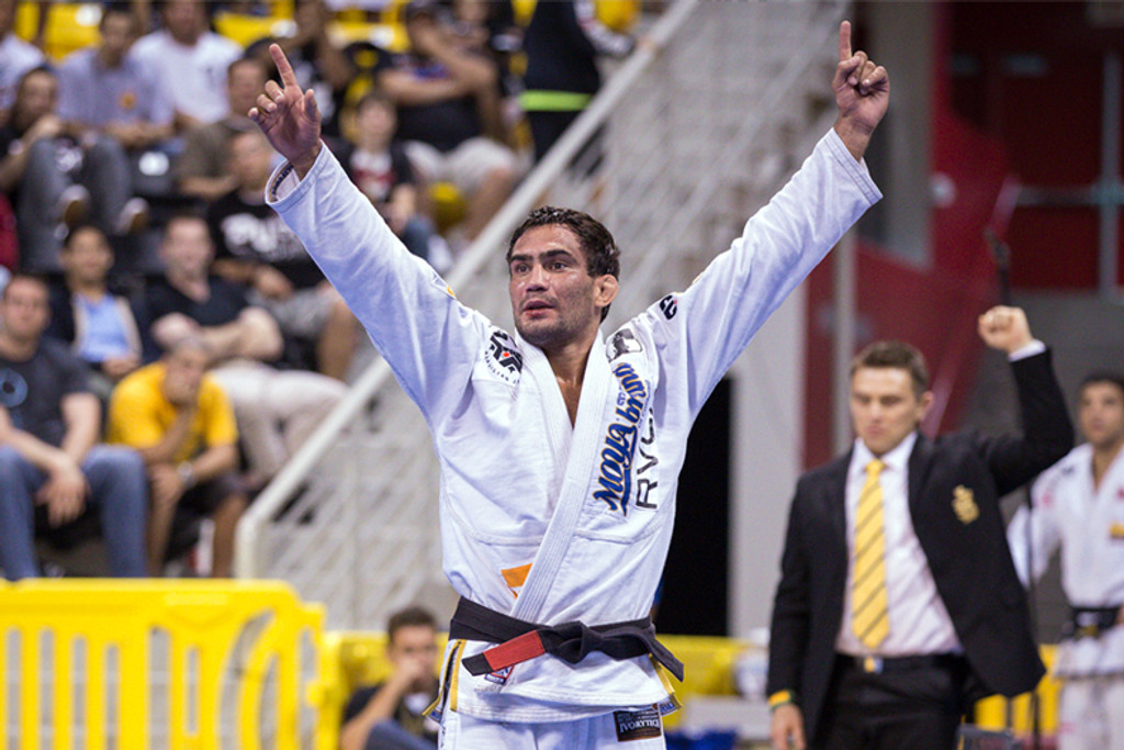 World Champion Lucas Leite Talks COVID-19
