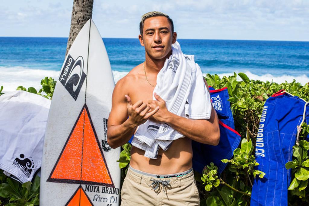 Blackbelt / Pro Surfer Eli Olson - First Lower Trestles Swell 2021