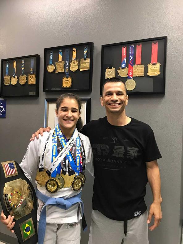 Giovanna Caxias Canuto (Blue belt - Cobrinha/Hector Vasquez BJJ - Las Vegas, NV) 2017!