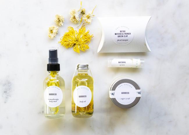 Lovely Bath+Body Gift Set