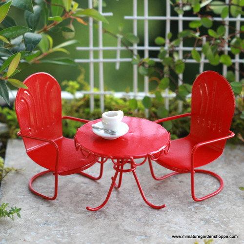Vintage Patio Table and Chairs Set