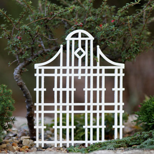 White Wood Trellis II