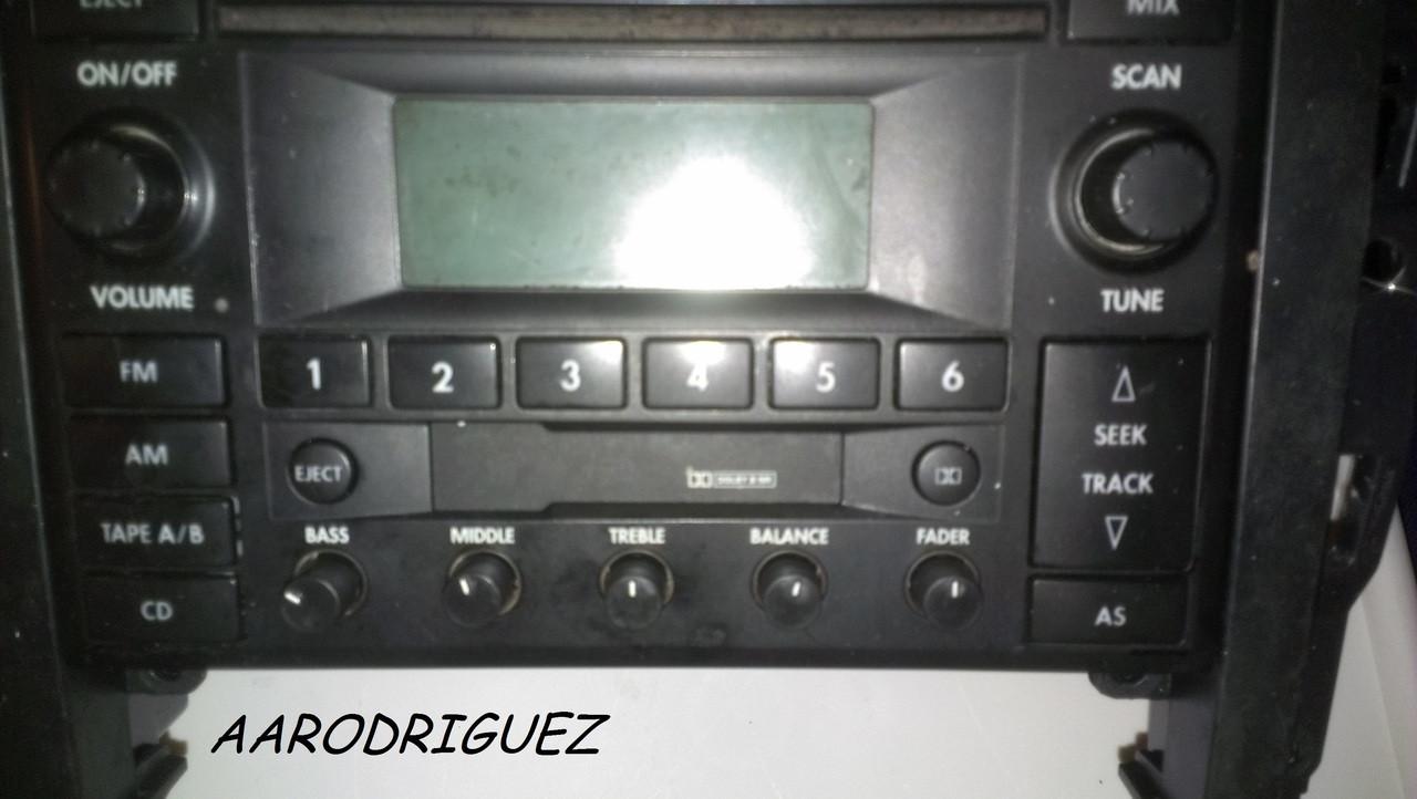 MK4 radio with AARODRIGUEZ Lifetime Warranty Radio Knobs installed
