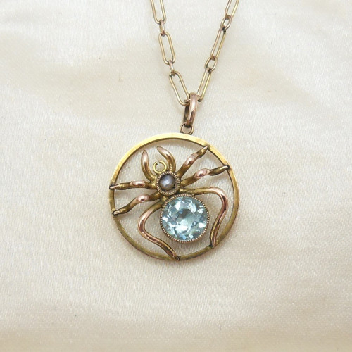 Fabulous Edwardian 9ct gold paste and pearl Spider Pendant and chain