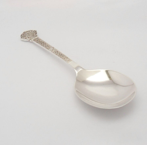 Fine  vintage silver Lindisfarne pattern caddy spoon hallmarked Sheffield 1979 by Cooper Brothers & Sons Ltd