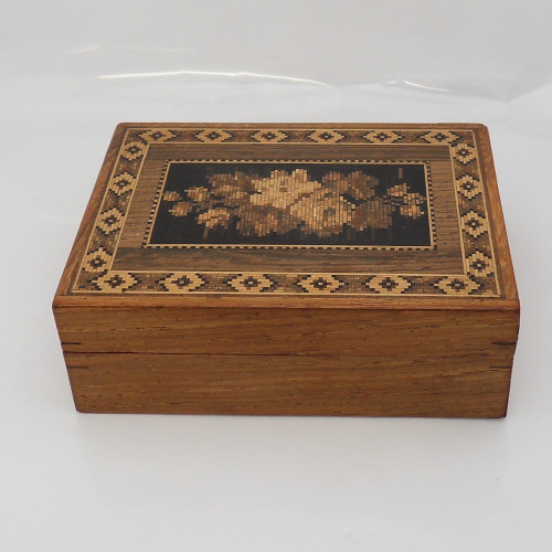 Victorian rosewood Tunbridgeware  box with floral vignette to centre of lid and mosaic border.