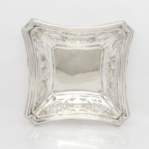 Pretty Edwardian silver square bon bon dish hallmarked Birmingham 1908 by S Glass