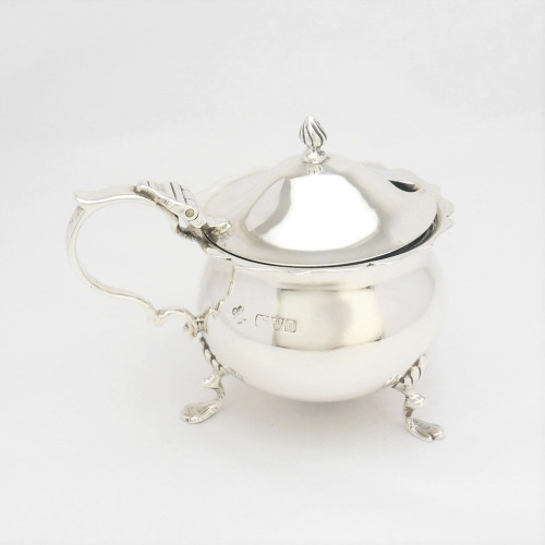 Charming silver Mustard Pot with blue liner hallmarked Chester 1926  by  Jay, Richard Attenborough Co Ltd.