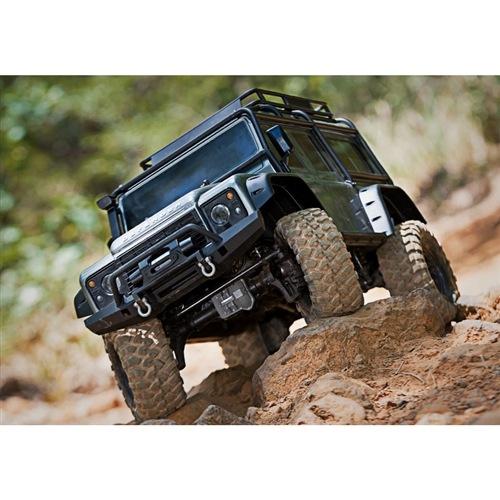 Traxxas TRX-4 Trail RC 4x4 Crawler RTR w/Land Rover Defender Body